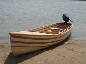 Square stern canoe type boats
