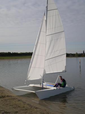 Small Catamaran Dayboats
